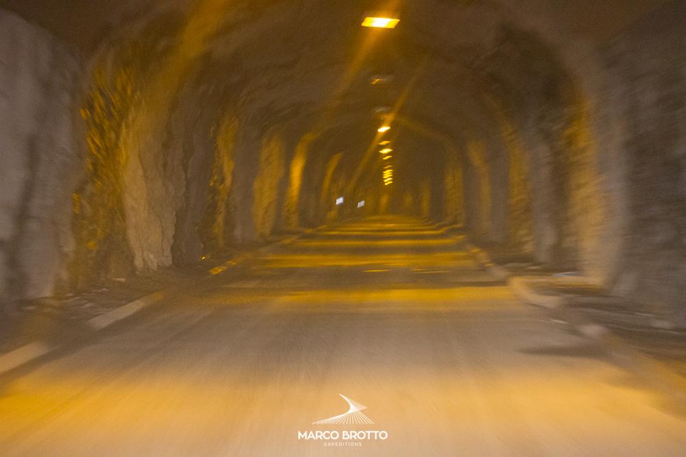 aurora-boreal-noruega-finlandia-tunel