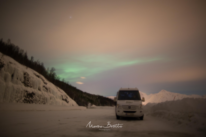expedicao-aurora-boreal-laponia-carro