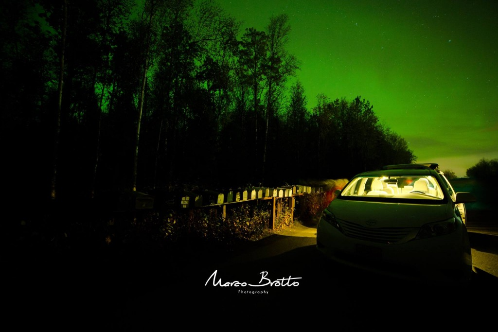 aurora-boreal-alasca-carro