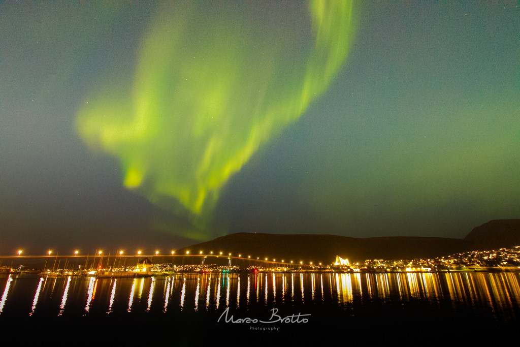 Foto tirada no final do verão na cidade de Tromso