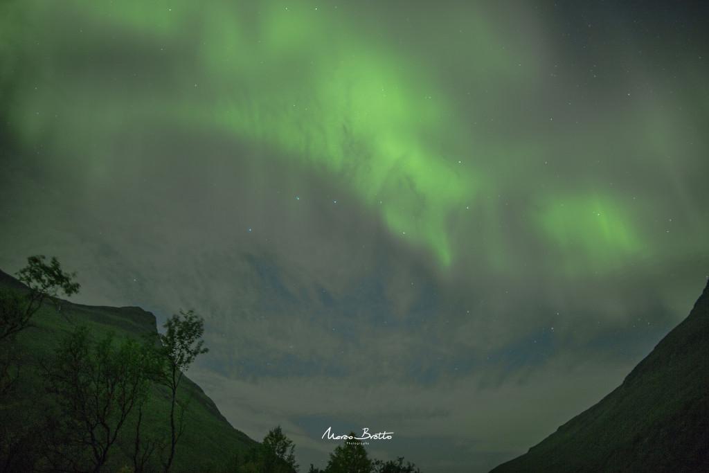 A mais intensa aurora boreal que eu vi até aquela noite começou assim...