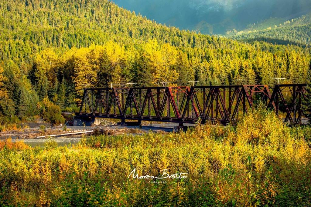 As paisagens da estrada que liga Seward a Anchorage tiram o fôlego, uma das 7 estradas mais lindas do mundo.