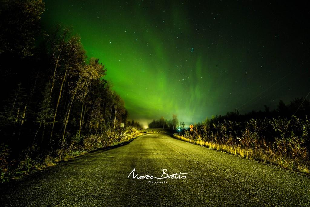 Quem entrou na correria para pegar essa aurora boreal no Alasca não se arrpendeu. Em 1 horas fizemos toda a logistica, pensei que tivesse sido épica. Inocente eu, não sabia o que estava por vir.