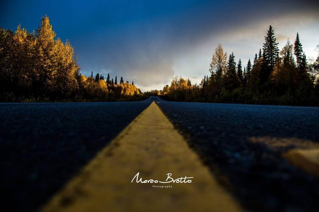 A tradicional foto de todo viajante, aonde essa estrada me leva ... não importa é por ela que eu vou.