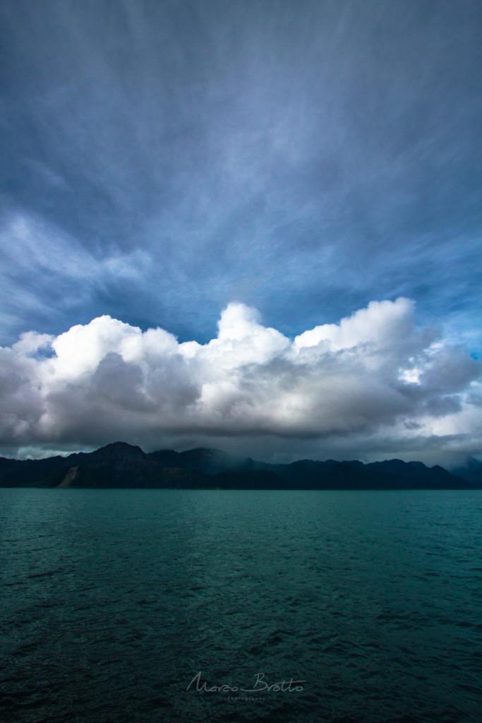 Qualquer lugar que você olha no Alasca é uma pintura da natureza.