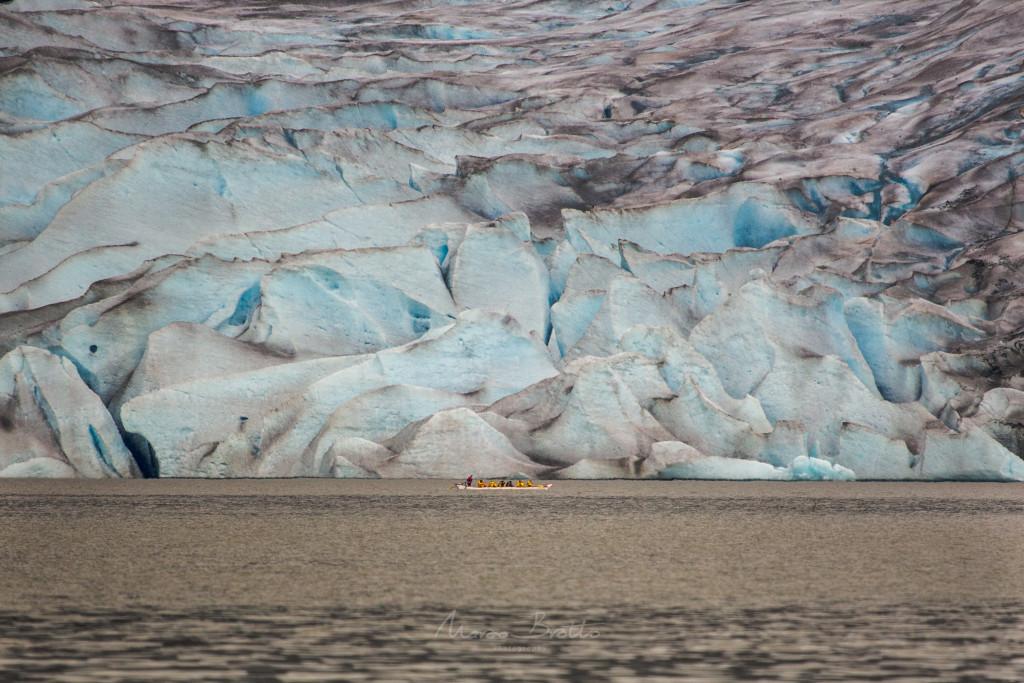 A imensidão dos glaciais é incrivel , uma imagem que já vale a viagem ao Alasca.