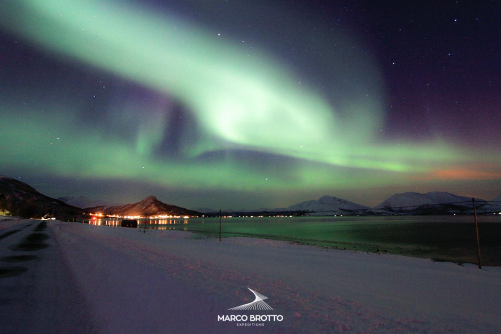 A partir dessa foto comecou minha paixao por fotografar aurora boreal e caça-la por todo artico.