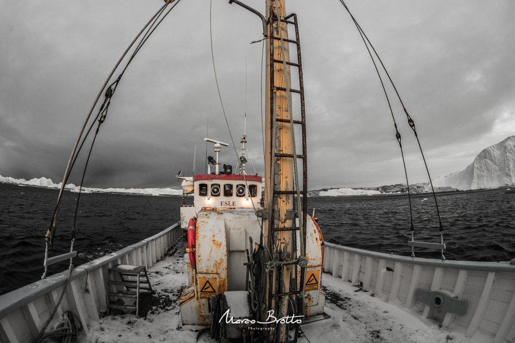 viagem-artico-icebergs-groenlandia-barco