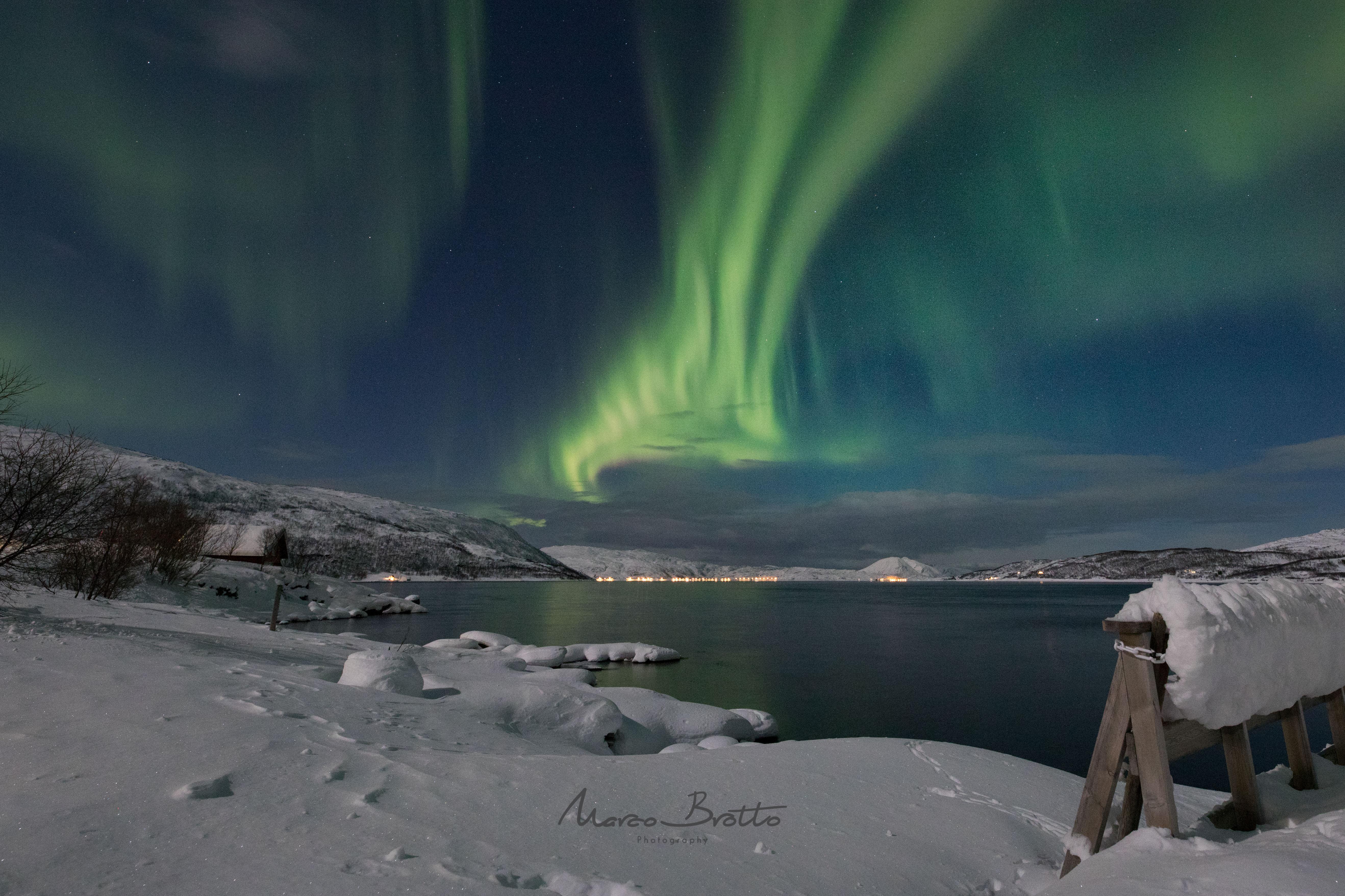 ver-aurora-na-lapônia-no-ano-novo