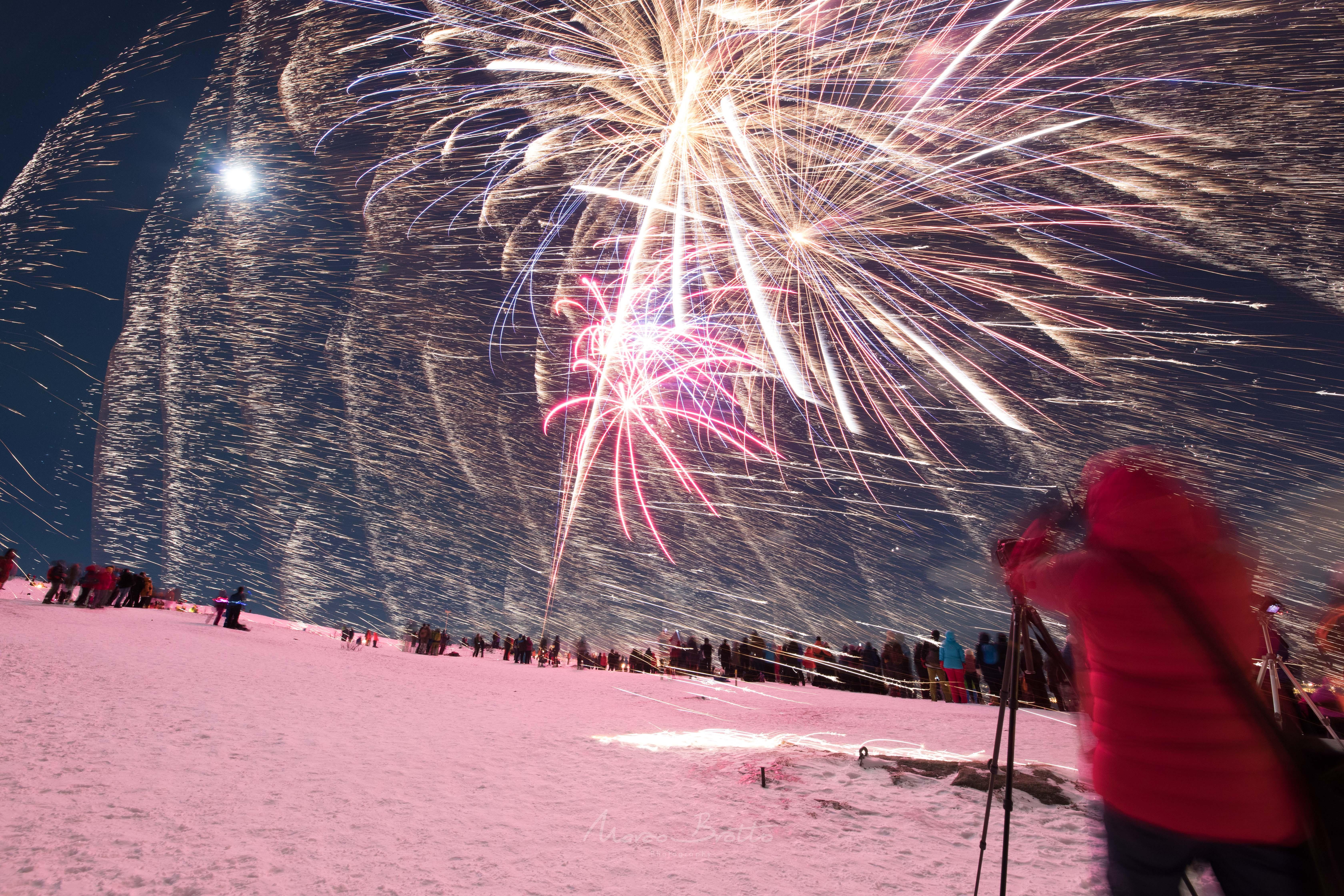 fogos-de-artifício-na-lapônia-aurora-boreal