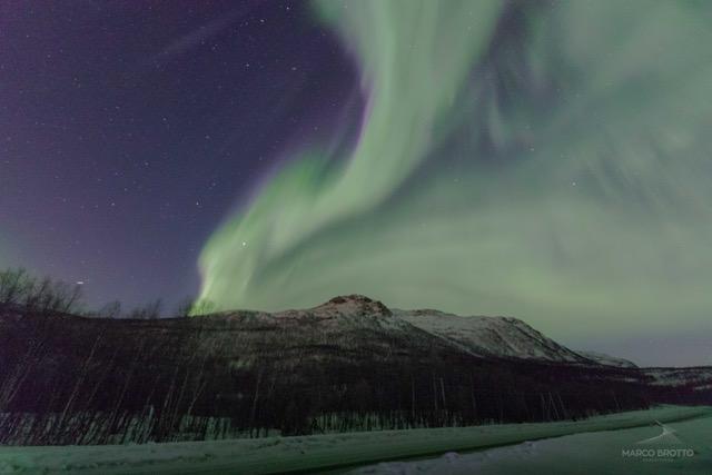 ver aurora boreal na lapônia na noruega