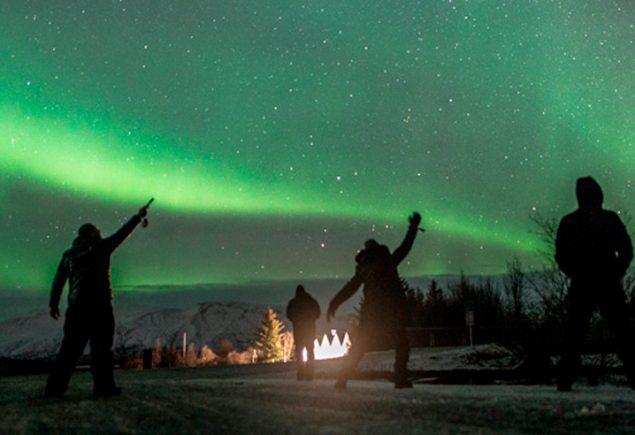 Aurora Boreal Novembro no Alasca, Noruega e Islândia.