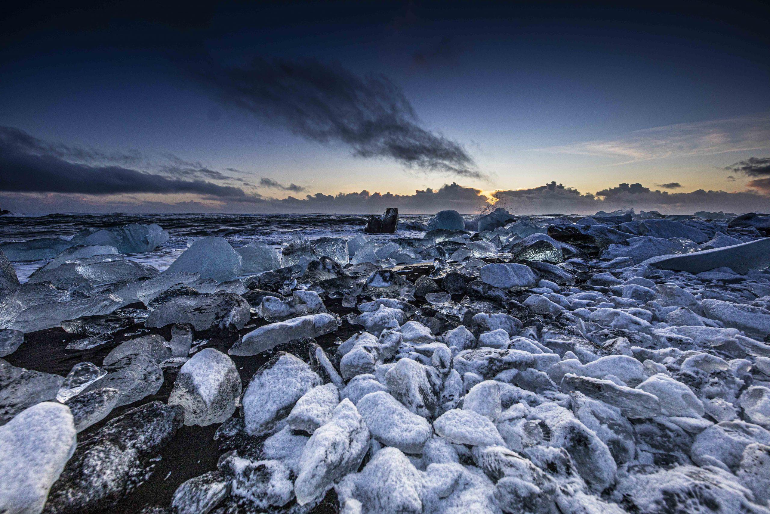 76-20-ICELAND-JAN-16jan20_0522-16677