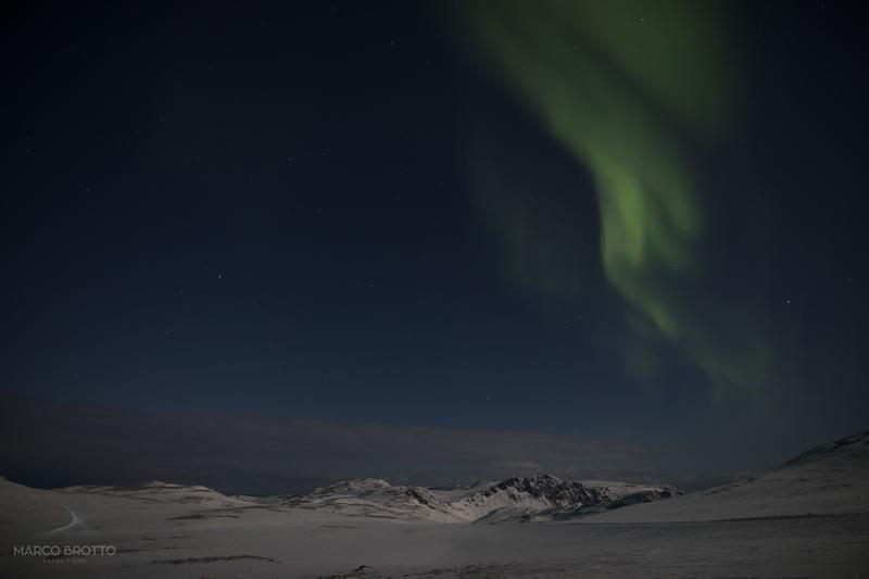 imagens e aurora boreal na svalbard