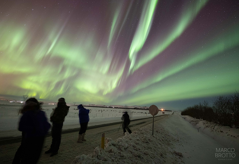 Como se forma a Aurora Boreal? Entenda tudo