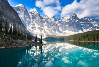 Lago no Canadá